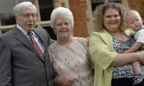 Lesley Brown (centre) with IVF pioneer Prof Robert Edwards, her daughter Louise and grandson Cameron