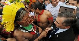rio+20: Brazilian indigenous chief Raoni (C) of