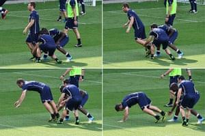 Balotelli: Antonio Di Natale and Balotelli prank