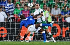 Balotelli: balotelli scores