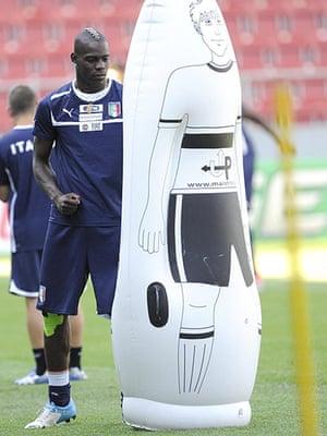 Balotelli: Italy training