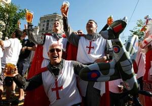 sport: English soccer fans drink beer and sing in the fan zone in Kiev