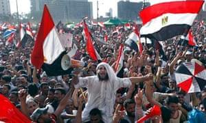 Egyptians celebrate Mohamed Morsi's victory in Tahrir square