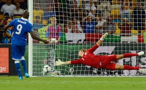 sport16: Italy's Balotelli