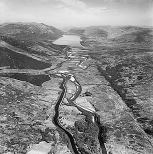 Rare aerial photographs: Aerial photos of Britain go online: The Caledonian Canal