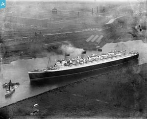 Rare aerial photographs: Aerial photos of Britain go online newly-built Queen Mary