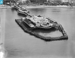 Rare aerial photographs: Aerial photos of Britain go online: West Pier, Brighton