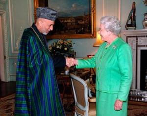 Queen shaking hands: Queen Elizabeth II Welcomes President of Afghanistan