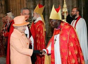Queen shaking hands: Queen meets Archbishop of York
