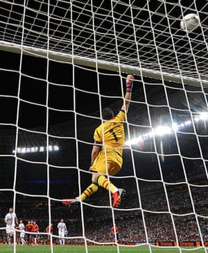 sport8: Spanish goalkeeper Iker Casillas