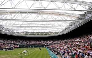 Day 5 Wimbo: Centre court roof