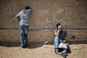 Mubarak trial: Pro-Mubarak demonstrators react after the verdict of Mubarak trial