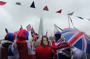 Jubilee pageant update: Royal supporters gather beside the River Thames and The Shard