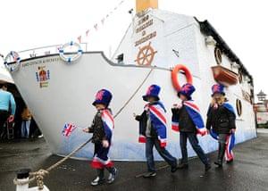 Regatta: People celebrate at the Kibworth street party