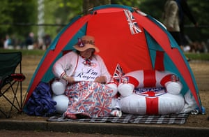 Diamond Jubilee day 2: A woman sits in a tent in The Mall