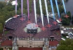 Jubilee celebrations: The RAF aerobatic team fly in formation over Buckingham Palace