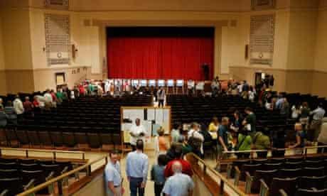 Wisconsin voters line up