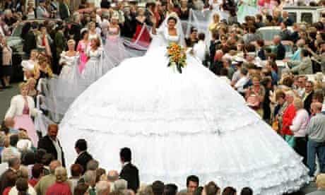 Wedding dress in Torremolinos, 2000