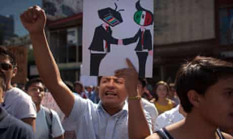 Demonstrators in Mexico City protest against what they perceive as Televisa's biased coverage