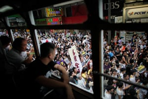 Hong Kong demonstrations: The view from inside a tram of thousands of pro-democracy demonstrators