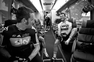 Wiggins: Mark Cavendish is all smiles on the team sky bus