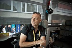 Wiggins: Dave Brailsford on the team bus