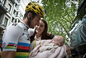 Wiggins: Mark Cavendish with girlfriend Peta Todd and daughter Delilah