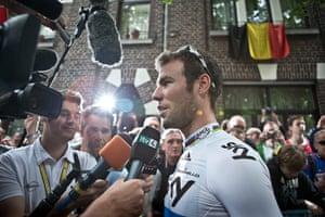 Wiggins: Mark Cavendish speaks to the media