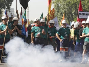 Some 200 coal miners from the Spanish autonomous regions of Asturias, Castilla Leon, Castilla La Mancha, Andalucia and Aragon demonstrate against Government's cuts to subsidies.