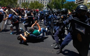 Miners reach Madrid: Demonstrators clash with riot police en route to Minister of Industry