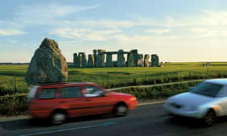 Traffic on the A344 passes Stonehenge