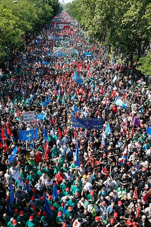 Miners reach Madrid: Thousands of miners and supporters march