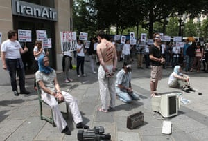 Iran reporters: Reporters Without Borders (Reporters San