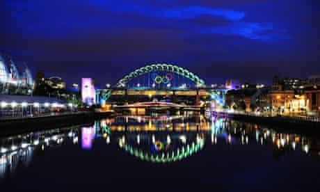 Newcastle Olympic rings on Tyne Bridge