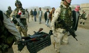 US soldiers in Hawijah near Kirkuk 2003