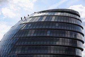 Streb Dance London: Dancers on City Hall