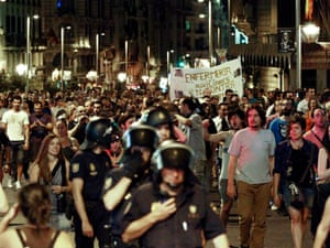 Hundreds of civil servants protest against the new public spending cuts in Madrid.