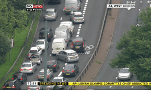Confusion on the M4 as cars avoid newly-opened Olympics Games lane Picture: Sky News