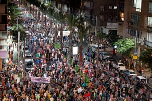 Tel Aviv protests: Demonstrators march through the streets