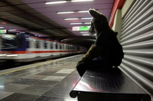 Furros Nuevo Leon: Yote, dressed as a wolf, waits for the metro in Monterrey