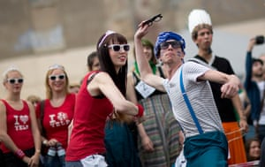 Hipster Olympics: Participants throw horn-rimmed glasses