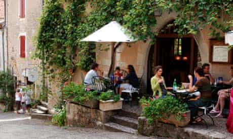 Sidewalk Cafe in St.-Cirq-Lapopie