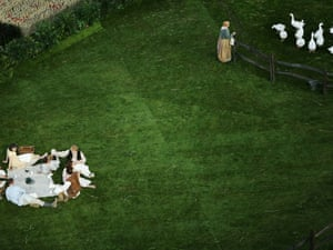 Performers act out a scene from a bucolic birdsong