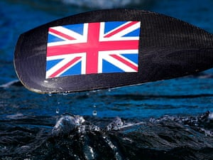 Water drips off the paddle of Britain's Lizzie Neave