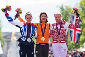Women's road race: Medal ceremony for the women's cycling road race