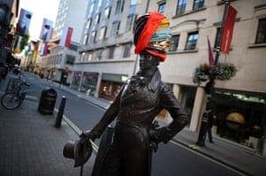Hatwalk gallery: Mayor of London Present HATWALK
