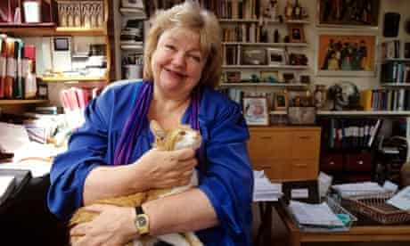 Maeve Binchy, bestselling Irish writer, dies aged 72