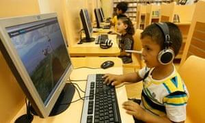 Palestinian children on computers