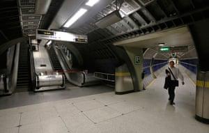 Quiet London: London Bridge Underground station unusually empty during rush hour