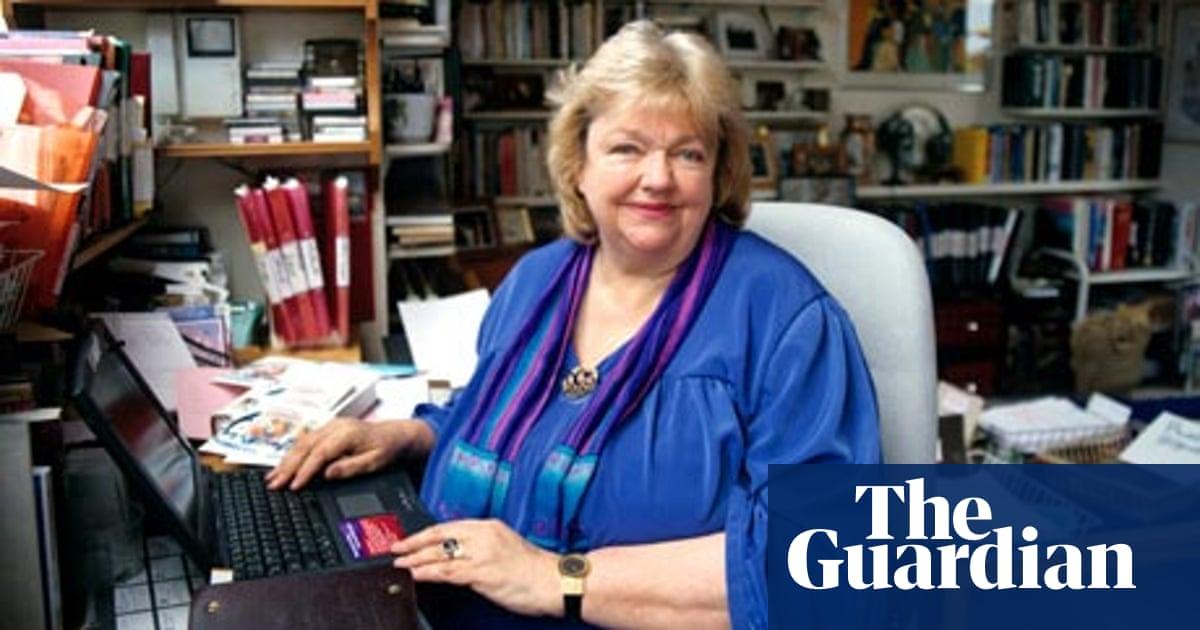 Maeve Binchy obituary | Books | The Guardian
